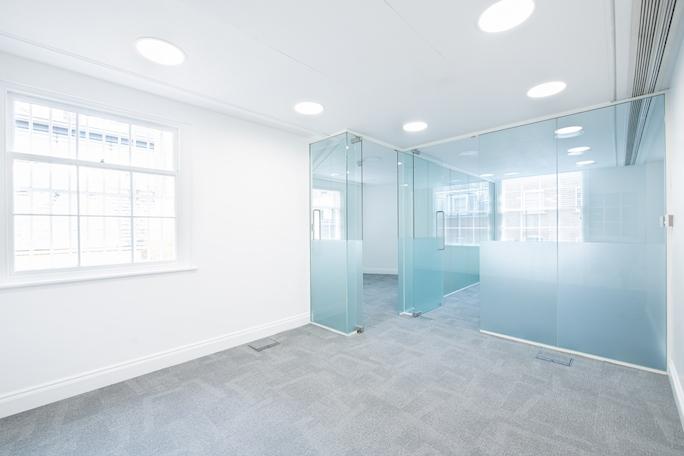 Second floor office space, 60 Grosvenor Street